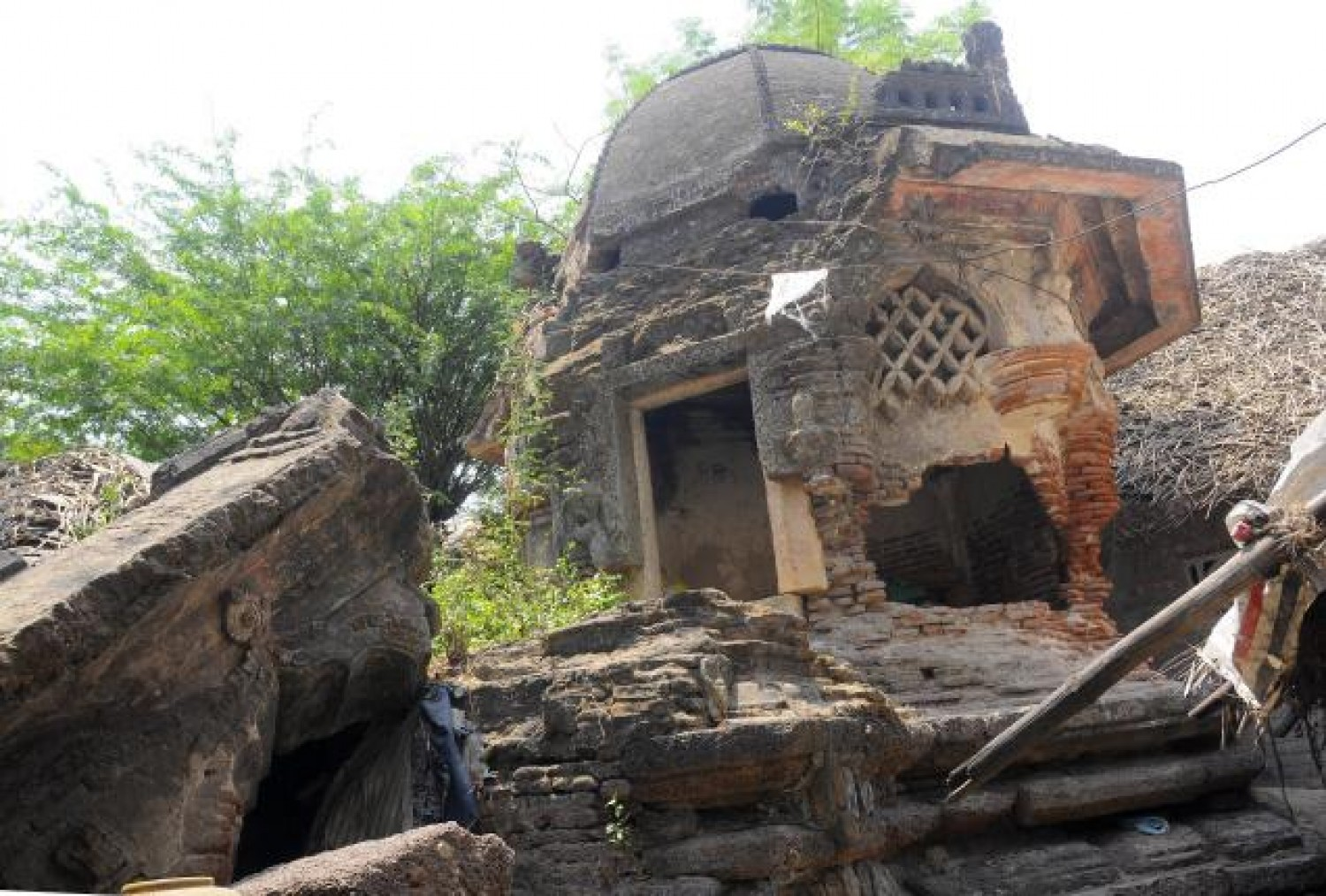 Hindu temples on the road to ruin