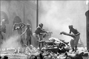 Partition riot victims being cremated