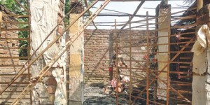 200-yr-old Hindu temple set on fire