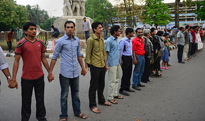 Four bloggers arrested amid crackdown in Bangladesh