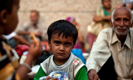 Starving flood victims charged Rs 500 for a bowl of rice and Rs 180 for a roti