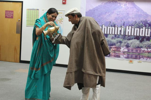 USA : Local Kashmiris work to preserve beloved culture