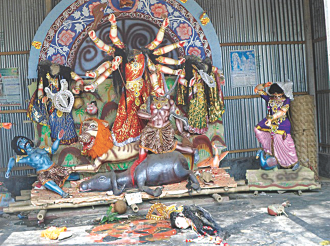 Bangladesh : Hindu temple attacked in Gazipur