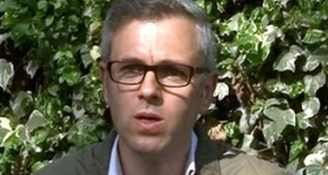 Kashmiri Pandits protest Omar Abdullah's remark on their exodus