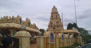 Malaysia : Why is a Islamist Party suddenly finding Hindu temple offensive?