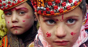 Pakistan's polytheistic Kalash tribe threatened with death by Taliban