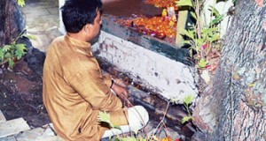 Kashmiri Pandits pray at Sopore temple after 23 years