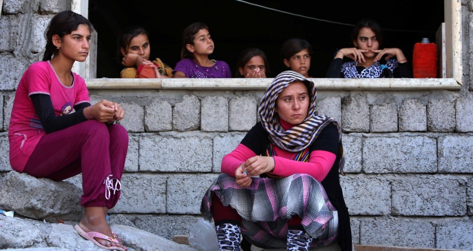 Iraqi Yazidis stranded on isolated mountaintop begin to die of thirst