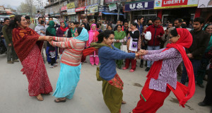 Kashmiri Pandits take out religious procession in Srinagar
