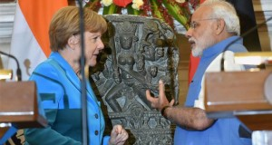 Angela Merkel returns India's stolen 10th century Durga Murthi to Narendra Modi
