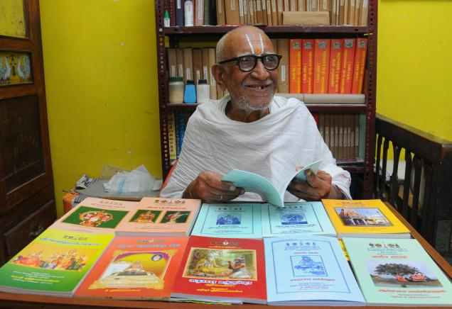 90-year-old pens book on temple rituals