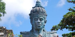 Governor Of Bali, Indonesia's Only Hindu Region, Refuses To Cover Statues For King Salman Of Arabia