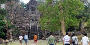 Japanese tourists flock to Hindu temple at center of Cambodia-Thailand dispute